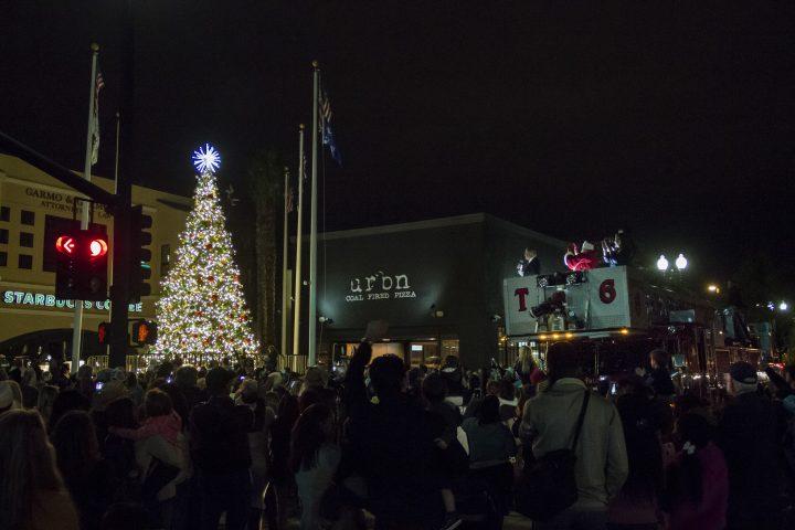 holiday lights on main november 30, 2019 | Downtown El Cajon